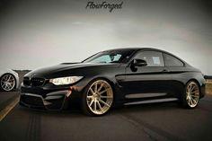 BMW F82 M4 black