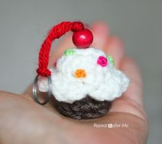 Crochet Cupcake Keychain Pattern - Repeat Crafter Me