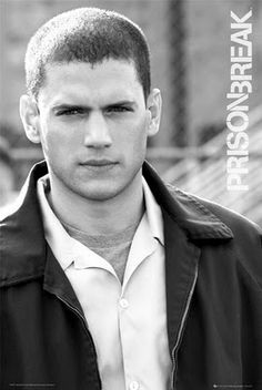 Wentworth Miller as Michael Scofield Michael Scofield, Prison Break 3, Wentworth Miller Prison Break, Leonard Snart, Dominic Purcell, Cw Series, Hommes Sexy, Raining Men, Film Serie