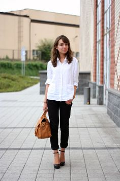 more of the same with the cropped pants, white dress shirt. heels. winner. Plus,she's only 16. gah!