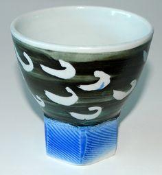 Gerda Östergaard, vase in porcelain, own studio Denmark. H: 10. W: 10 cm.