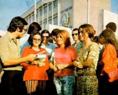 Photos taken in Iran before the 1979 Islamic Revolution, which saw the ousting of King Shah Mohammad Reza Pahlavi, show what the vibrant Iranian life was like in the and Pahlavi Dynasty, Teheran, The Shah Of Iran, Persian Culture, Iranian Women, Muslim Women, Afghanistan, Middle East, Cool Kids