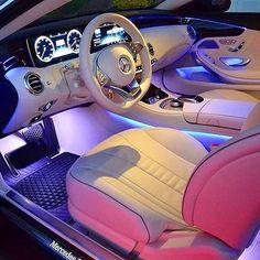 Luxury Cars Jeep Mercedes Benz Ideas For 2019 Fancy Cars, Cool Cars, Dream Cars, Lux Cars, Car Goals, Expensive Cars, Future Car, Car Car, Sport Cars