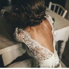 #wedding #bride  #weddinggown  #bridesmaids  #france #russia  #bridebook  #gelinlik #gelinbuketi #weddingdress #weddinghair #weddingday #weddings #china #paris  #makeup  #london #dress #fashion  #instadaily  #gelinlikmodelleri #gelinayakkabisi #dugun #blogger #trendy #details #fashionista #nyc #hollywood http://gelinshop.com/ipost/1514759629543723112/?code=BUFgduHDlBo