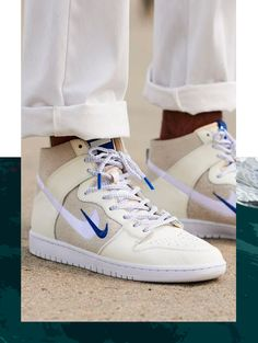 The Soulland x Nike SB Dunk FRI.day Part Collection is featured in another look and it's dropping later this week. Mode Converse, Sneakers Mode, Best Sneakers, Sneakers Fashion, Hypebeast Sneakers, Dr Shoes, Swag Shoes, Hype Shoes, Me Too Shoes
