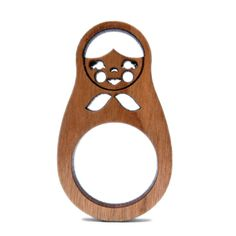 Loving this laser cut ring from Stolen Thunder. They make cute laser cut accessories. I am not a big fan of jewelry but these wood laser cut items are really fun. Cnc, Laser Cut Wood, Laser Cutting, E Textiles, Laser Cut Jewelry, Laser Machine, Digital Fabrication, Unusual Things, Wood Rings
