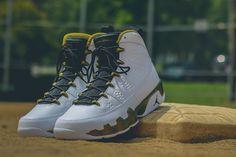 "Air Jordan 9 Retro ""Militia Green"" (Statue) Detailed Pictures & Release Info"