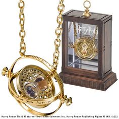Hermione Time Turner Harry Potter The Noble Collection Harry Potter Jewelry Necklace Harry Potter Hermione Granger, Harry Potter Schmuck, Bijoux Harry Potter, Objet Harry Potter, Décoration Harry Potter, Harry Potter Merchandise, Harry Potter Birthday, Harry Potter Products, Harry Potter Things
