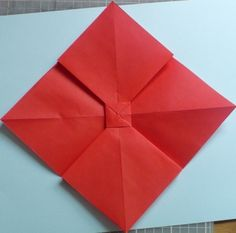 Let's create: Paper Bow Tutorial Bow Tutorial, Diy Origami, Let's Create, Ribbon Bows, Small Gifts, Christmas Fun, Projects To Try, Gift Wrapping, Crafts