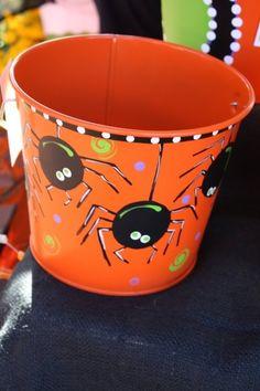 Hand Paint buckets