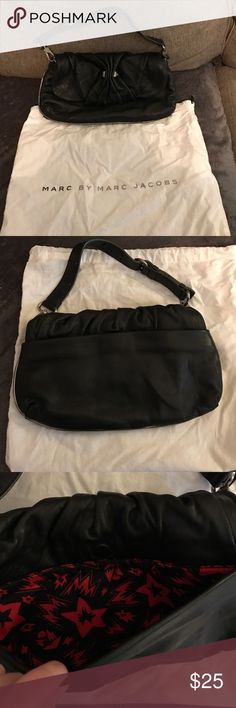 Marc Jacobs Bag Black bag with no flaws. Comes with dust bag. Marc Jacobs Bags