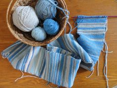 crocheted sky scarf | crochet:: a sky scarf update | yarnchick40
