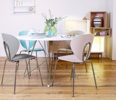 STUA Globus chairs look great with Magis Tavolo XZ3 Table h