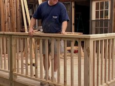 Unique Build A Deck Railing Ideas ~ http://lovelybuilding.com/diy-how-to-build-a-deck-railing/