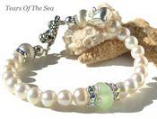 Pearls & Sea Glass Bracelet - not a tutorial; just an idea