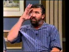 Tolla van der Merwe - Die ou met die glas oog - YouTube Afrikaanse Quotes, Button Down Shirt, Men Casual, Jokes, Humor, Sayings, Videos, Funny, Youtube