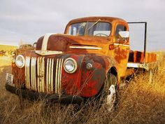 Old truck--just waiting and rusting.