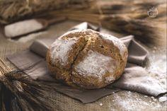 Il soda bread è un pane genuino dove il bicarbonato sostituisce il lievito. Veloce da preparare, in poco tempo otterrete un ottimo pane fatto in casa!