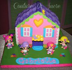 Dollhouse cake