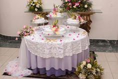 Mesa de torta más decoración