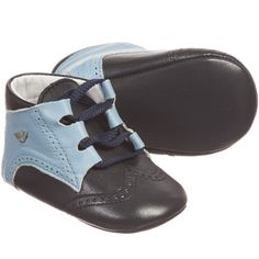 fb852e2887b6 Armani Baby boys navy blue pre-walker shoes with laces at the front to  fasten
