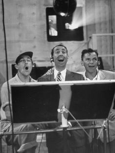 Gene Kelly, Jules Munshin, and Frank Sinatra recording for On the Town (Stanley Donen & Gene Kelly, 1949)