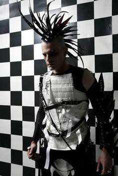 Future, Futuristic, Cyberpunk, Neopunk, Cyber Goth, Neo punk, hairstyle, futuristic look, futuristic style, cyber man by FuturisticNews.com