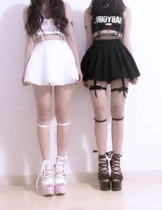 ❤Kawaii Love❤ ~Maybe the black outfit with the white shoes to make it a lil more pastel goth Pastel Goth Fashion, Dark Fashion, Kawaii Fashion, Lolita Fashion, Grunge Fashion, Cute Fashion, Gothic Fashion, Fashion Outfits, Alternative Mode