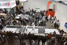 Crowded booth at Drupa 2016 - that's what we like ; Print Magazine, Textile Prints, Drupa 2016, Online Printing, Basketball Court, Backstage, Pictures, Photos, Grimm