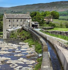 Gayle Mill, Hawes, Wensleydale, North Yorkshire, England - Built in 1776 it has what is believed to be the world's oldest surviving water turbine still in its original situation. The mill is open to the public.