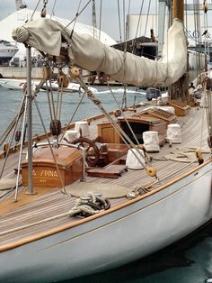 one sexy wooden boat