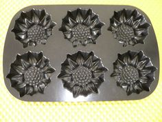 Nordic Ware Sunflower Muffin Pan 6 Cup Cast Aluminum Excellent Condition  #NordicWare $14.99
