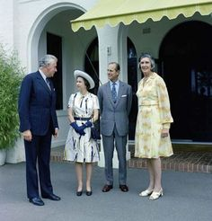 Prime Minister Gough Whitlam and Margaret Whitlam with Queen Elizabeth II and Prince Philip at The Lodge, Canberra, 19 October 1973 Queen And Prince Phillip, Prince Philip, Malayan Emergency, Hm The Queen, Aboriginal People, Head Of State, National Archives, British Monarchy, Princess Of Wales