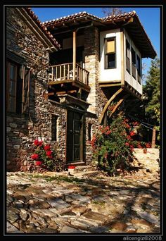 An old rum house in the village of Soke / Doganbey. - Mehmet Raci Ozturk - - An old rum house in the village of Soke / Doganbey. Turkish Architecture, Architecture Design, Beautiful Places In The World, Beautiful Homes, Visit Turkey, Village Houses, Turkey Travel, Historic Homes, Traditional House