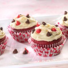 "Red Velvet ""Be Mine"" Valentine Cupcakes"