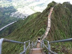 Stairway to Heaven, Oahu HI.Check it off my list.Been there. Done That. And did it in the rain!