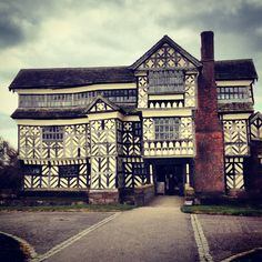 Little Moreton Hall, Cheshire. Oh, the beauty of this structure!