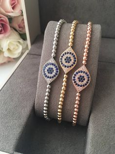 2 filaments of stocky silver grains make a stylish wrap for the wrist. The little nuggets are improved with an imprinted gourd-like beauty that hangs near the clutch. Cute Jewelry, Beaded Jewelry, Beaded Bracelets, Silver Jewelry, Charm Bracelets, Bracelet Charms, Dainty Bracelets, Jewellery, Ankle Bracelets