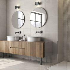 Az Argenta Quantum elnevezésű burkolatcsaládba tartozó lapok között 4 természetes, homokszínű árnyalatot talál. Homogén és strukturált-csíkozott változatban is elérhetők, melyeket könnyedén kombinálhatja egymással. A Quantum burkolatlapok választásával kellemes természetes enteriőrt alkothat, melyben megnyugtató érzés tartózkodni. 😊 Home Furniture, Vanity, Mirror, Bathroom, Home Decor, Dressing Tables, Washroom, Powder Room, Decoration Home