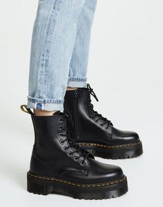 See How Everyone Is Styling the Dr. Martens Jadon Boots | Who What Wear #drmartensboots Pretty Shoes, Cute Shoes, Me Too Shoes, Dr. Martens, Doc Martens Outfit, Doc Martens Boots, Dr Martens Jadon, Botas Dr Martin, Dr Martin Boots