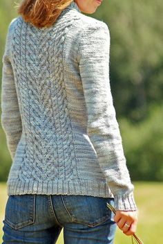 Ravelry: I Heart Cardigans pattern by Tanis Lavallee Never met a Tanis Lavallee pattern I didn't love...