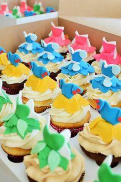 Disney Themed Cakes - Disney Princess cake and cupcakes