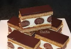 Pöttyös mézes Hungarian Desserts, Hungarian Recipes, No Bake Desserts, Dessert Recipes, Sweets Cake, Food Cakes, Creative Cakes, International Recipes, Diy Food
