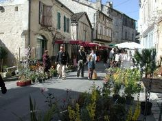 Market Day at Issigeac