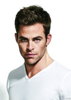 Chris Pine- guys im sorry this guy is totes awww worthy