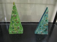 Onpa ollut kiireinen joulukku! Blogin päivtyskin on jäänyt. 1b luokan oppilaat tekivät käsitöissä puiset kuuset. Tässä työs... Home Decor, Christmas, Decoration Home, Room Decor, Home Interior Design, Home Decoration, Interior Design