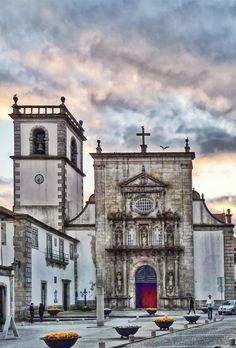 Sao Domingos Church at Sunset | Flickr: Intercambio de fotos