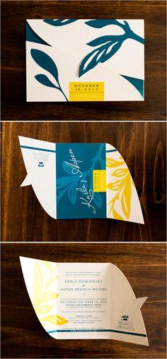 Invitaciones en azul y amarillo