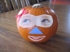 FUN! Ways Young Children Can Decorate A Pumpkin Without Carving. Discuss facial parts and emotions. #Halloween #kidscrafts #education