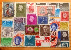 postzegelboekje op poster zetten